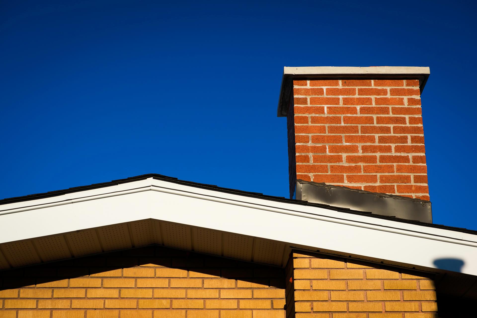 Brick House With Chimney : Chimneys